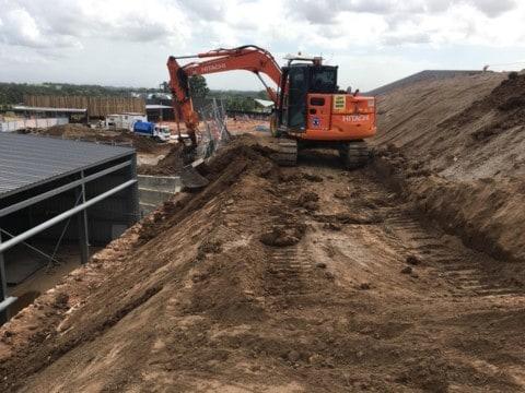 8.5 tonne excavator v2